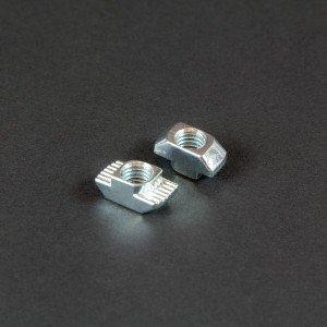 aluprofil-hammermutter-verbindungstechik-Nut-6-8-m4-m8-340010-342010.jpg